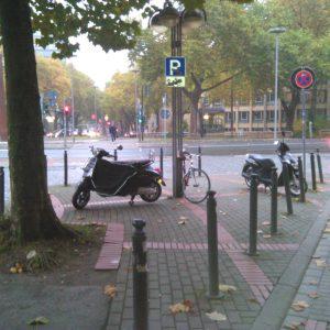 Motorradparkplätze Bochum - Kurt-Schumacher-Platz / Hbf / Wittenerstraße